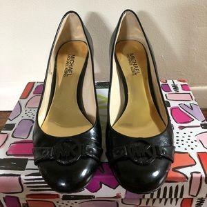 "👠 Michael Kors Black Patent 2"" Heel Size 7 👠"